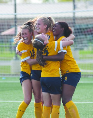 Women's Soccer finishes regular season undefeated