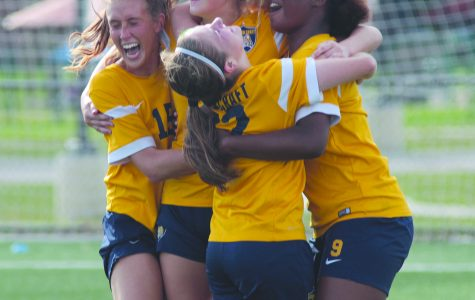 Women's Soccer finishes regular season undefeated