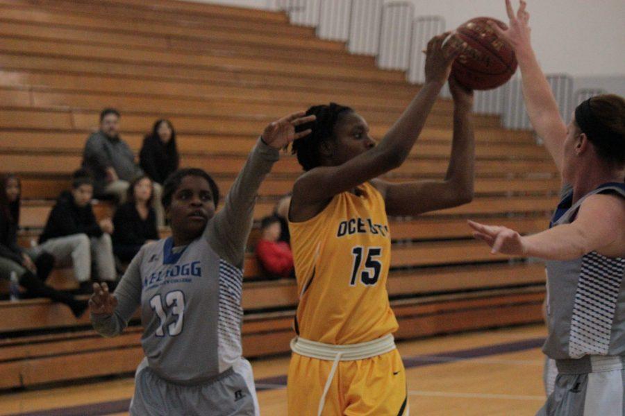 Women%E2%80%99s+basketball+turn+it+around