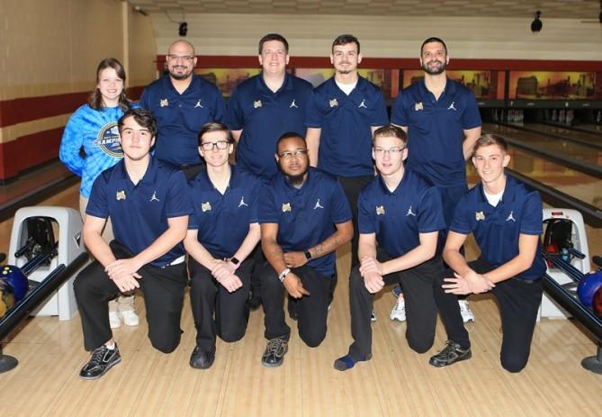 2017_18_schoolcraft_men_bowling