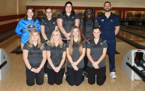 choolcraft's women's bowling team posing for their team photo, coming after placing third in the their own tournament only behind Ancilla and Muskegon. (Photos from  NJCAA.org)