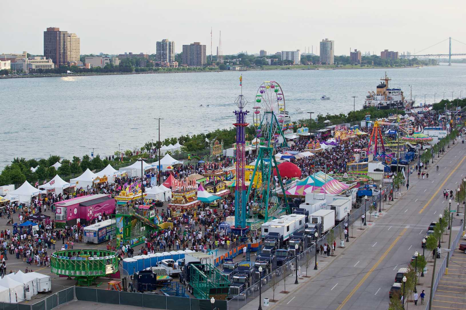 Detroit River Days 2011