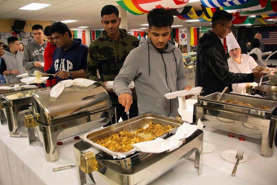 ISO_Thanksgiving_Dinner111618_0023