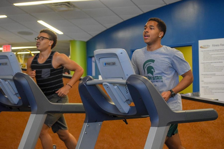 Fitness-Center-Treadmill