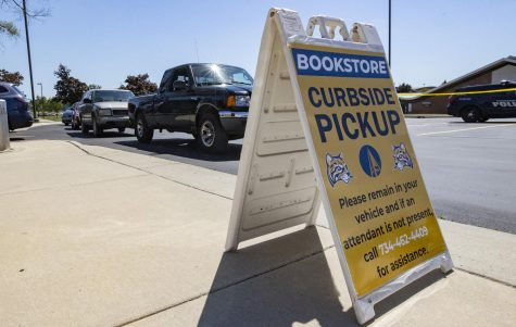 The Schoolcraft College Bookstore is offering curbside pickup for students orders.