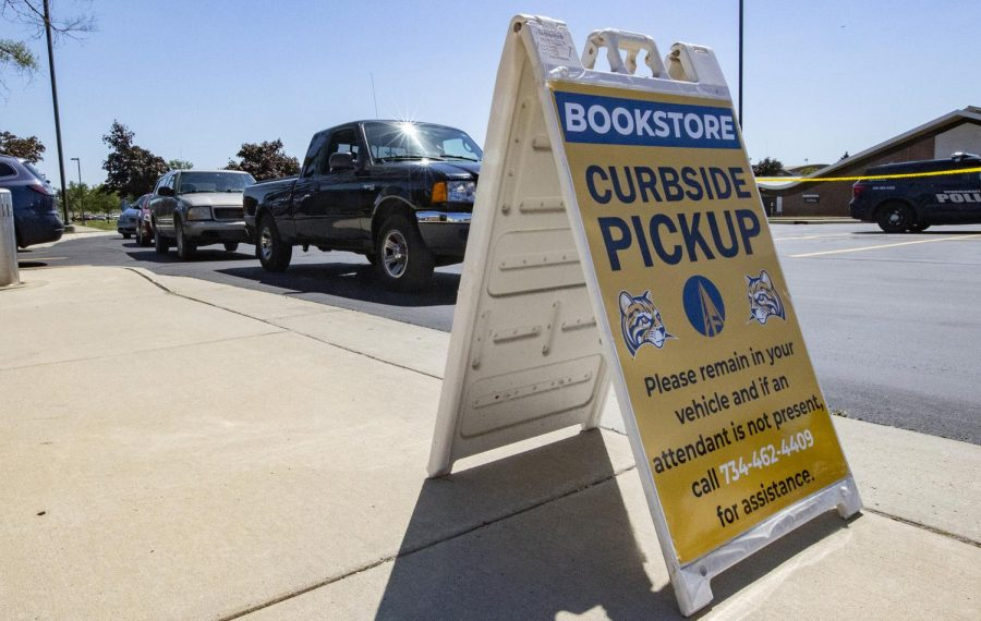 The+Schoolcraft+College+Bookstore+is+offering+curbside+pickup+for+students+orders.